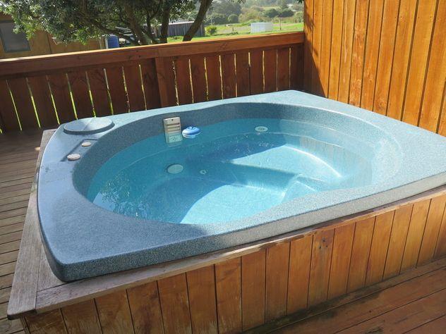 Raglan Accommodation Spa Pool
