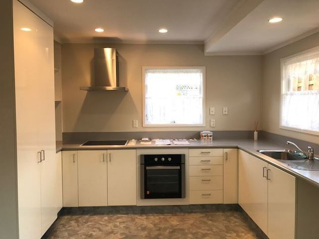 4 bedroom house in Glenfield - realestate.co.nz