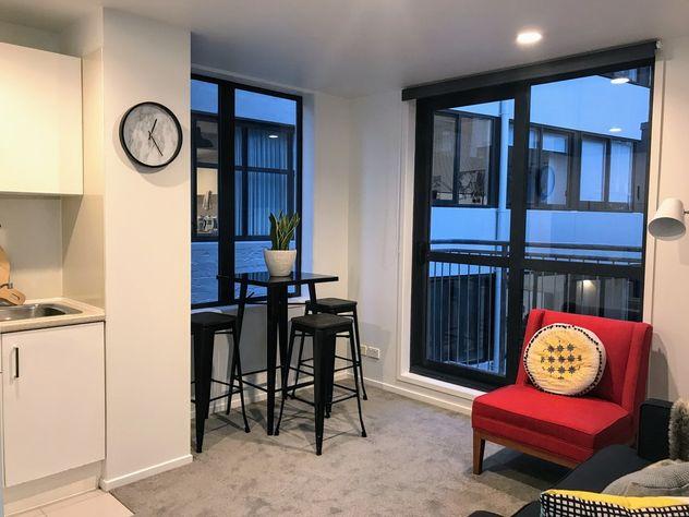 Stunning 2 brm renovated corner apartment