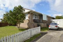 2 bedroom Tidy Home Available Manurewa
