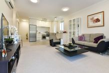 Easy Apartment Living in Beautiful Orewa!