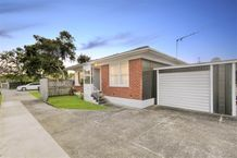 Modern Two Bedroom Unit Central Glenfield